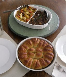Beefless Tips, Taters, and Rolls